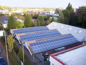 Sanitätshaus Oberhausen 32,4 kWp Yingli 180 W Module 180 Stück